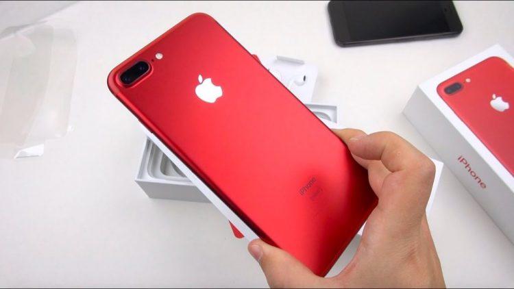 Sunteti nemultumiti de display-ul de la iPhone?