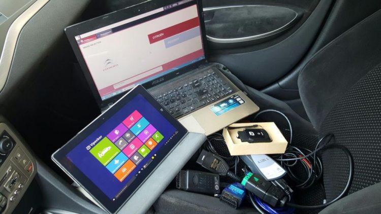 Interfata de diagnoza auto – Utila pentru orice automobil