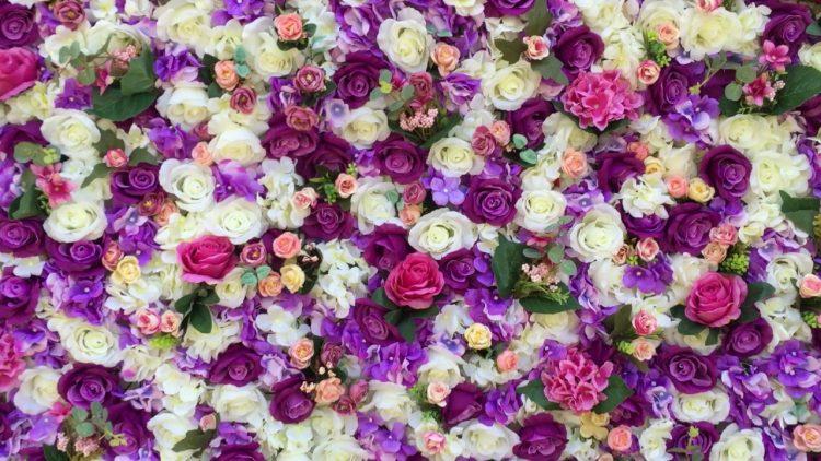 Creeaza o atmosfera de vis cu panouri florale