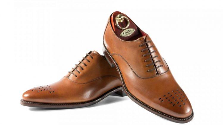 Sfaturi utile pentru alegerea pantofilor potriviti