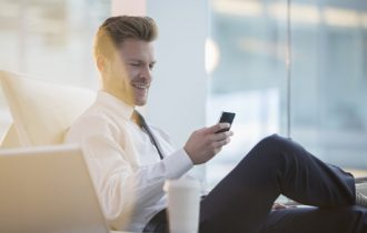 Incercati sa alegeti un telefon de afaceri sau o tableta?