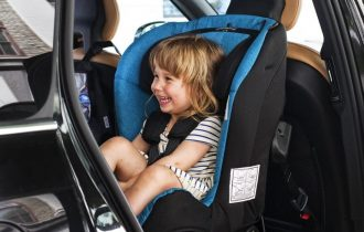 De ce sunt importante scaunele auto?